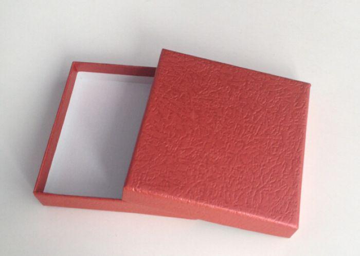 Коробка подарочная квадратная 9*9*2см Алый XS