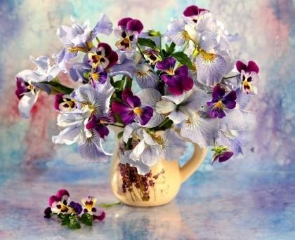 Творч Холст по номерам 40х50 Маленькие цветочки из лужайки (палитра)