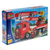 Конструктор Камаз: пожарная машина с люлькой 136дет.