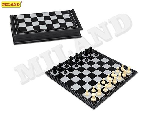 Настольная Шахматы магнитные пластиковые (поле 18 см)