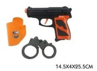 Пистолет в кобуре + аксесс.