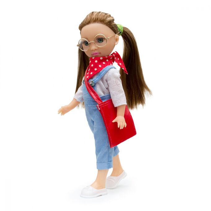 Кукла Мишель на пленэре