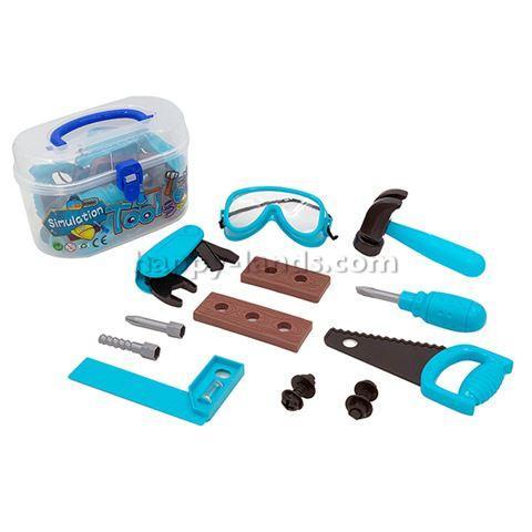 Набор инструментов в чемодане пласт