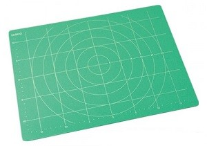 Доска для работы с полимерной глиной 28х38см 03605
