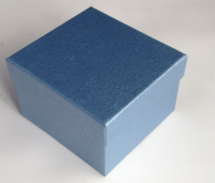 Коробка подарочная квадратная 16*16*6,3см Голубой L