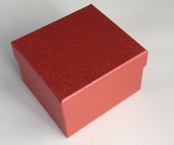 Коробка подарочная квадратная 9*9*5,6см Алый S