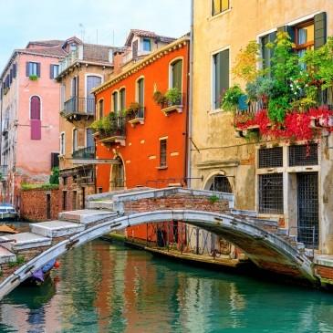 Творч Холст по номерам 30х40 Дома в Венеции с палитрой