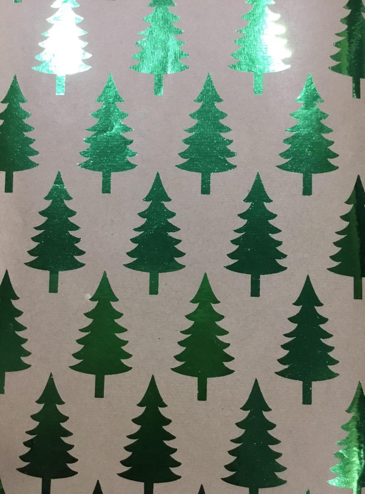 Праз Бумага упак. в рулоне НГ 70*100 Новогодняя Крафт Зеленые елочки 60г/м2